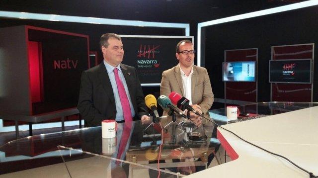 Roberto Cámara y Jesús Buitargo presentan cupón de la ONCE dedicado a Navarra TV