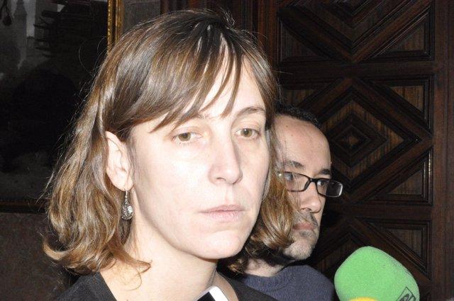 Los consejeros del Ayuntamiento de Zaragoza Teresa Artigas y Alberto Cubero.
