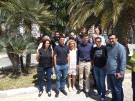 Maíllo (IU) apoya a los estibadores de Málaga y dice que el Puerto no puede centrarse únicamente en el turismo