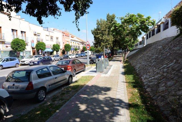 Calle Alameda de Santa Eufemia de Tomares donde se va a construir el carril bici