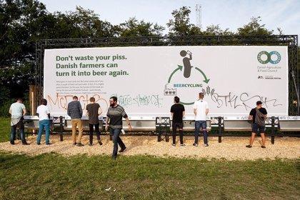 Una empresa danesa elabora cerveza con orina de los asistentes al festival de Roskilde