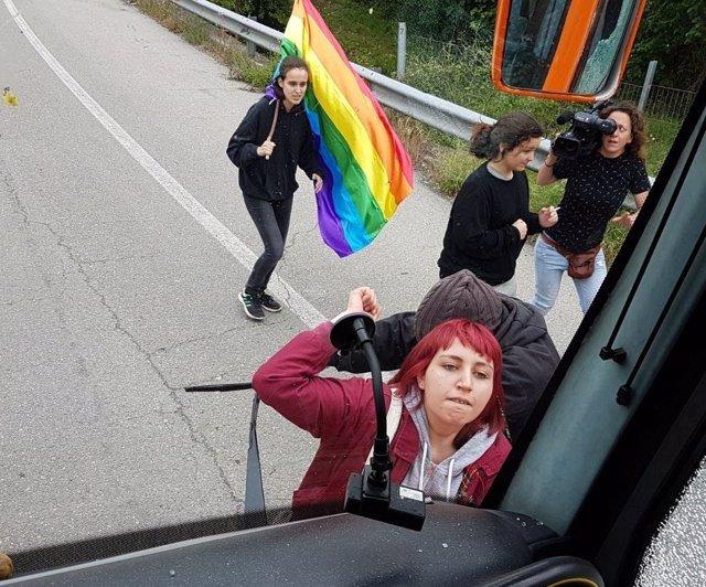 Agresión al autobús Hazteoir en Asturias