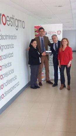 Entrega a ARFES Rioja de donativo por parte de BAnkia