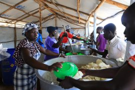 Uganda pedirá 2.000 millones de dólares para ayudar a los refugiados sursudaneses