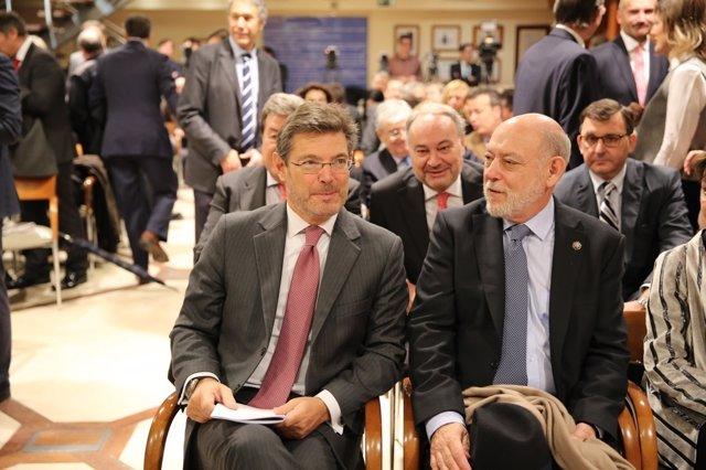 Rafael Catalá, ministro de Justicia, y José Manuel Maza, fiscal general del Esta