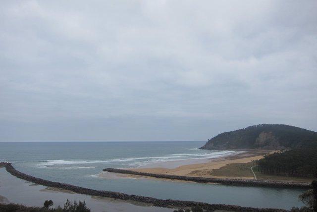 La Playa de Rodiles, en el municipio asturiano de Villaviciosa.