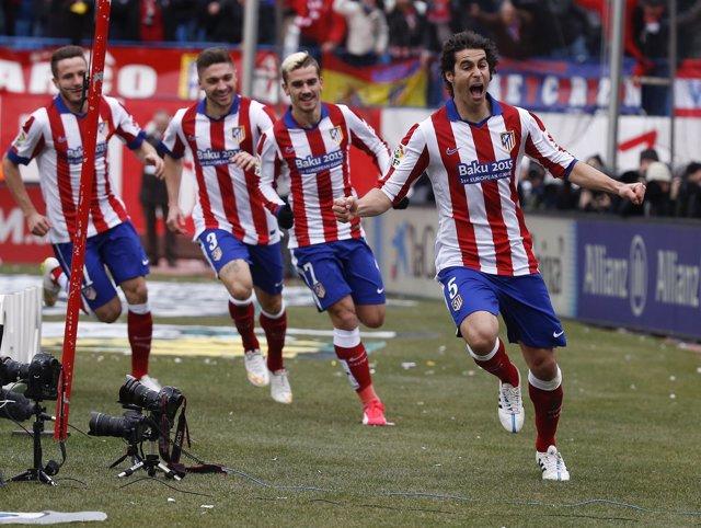 Tiago celebra su gol