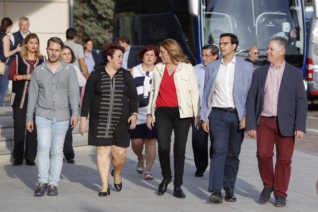 Susana Díaz, antes de participar en un acto con militantes en Granada