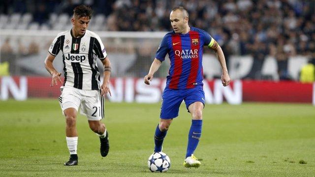 Iniesta y Dubala en el Juventus - Barcelona