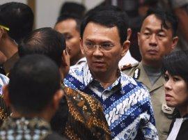 Un tribunal de la capital de Indonesia ordena la detención del gobernador de Yakarta tras ser condenado