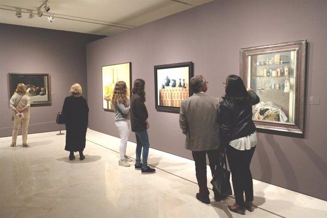 Museo pinacoteca visitantes cuadros arte cultura turistas cultural pintura