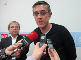 Madina dice que el PSOE decidirá si pide la dimisión de Nieto cuando escuche sus explicaciones