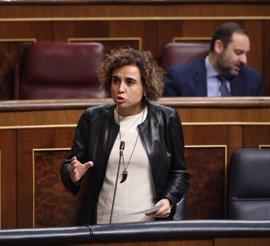 """Montserrat asegura que al Ministerio le """"ocupa y preocupa"""" las pseudoterapias sin evidencia científica"""