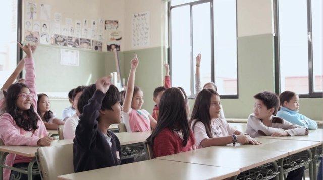 Niños en clase. Alumnos. Escolares. Educación. Colegio. Centro escolar.