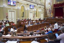 El Parlamento, con la abstención de Podemos, sella su apoyo a la modificación del REF económico