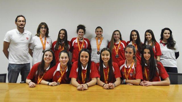 El Gobierno de Cantabria felicita al equipo de voleybol femenino cadete