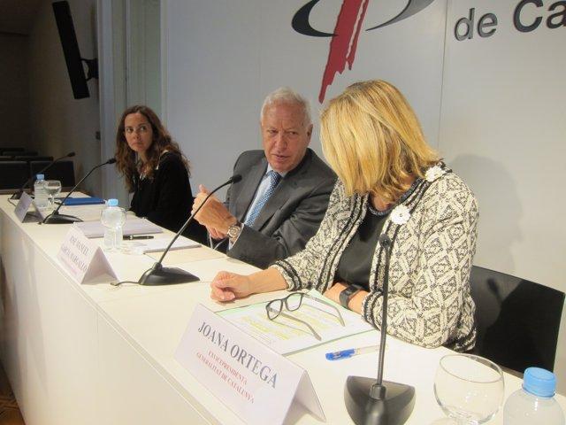 Periodista Neus Tomàs, exministro J.M.G.Margallo, exvpta.J.Ortega