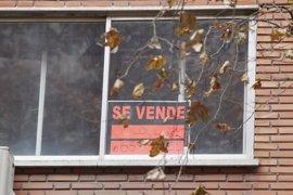Una familia necesita más de 1.900 euros mensuales para comprar un piso de 80 metros en Palma