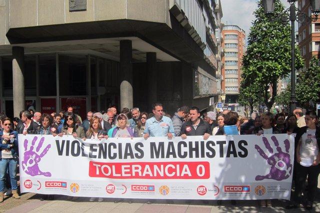Concentración sindical contra la violencia machista.