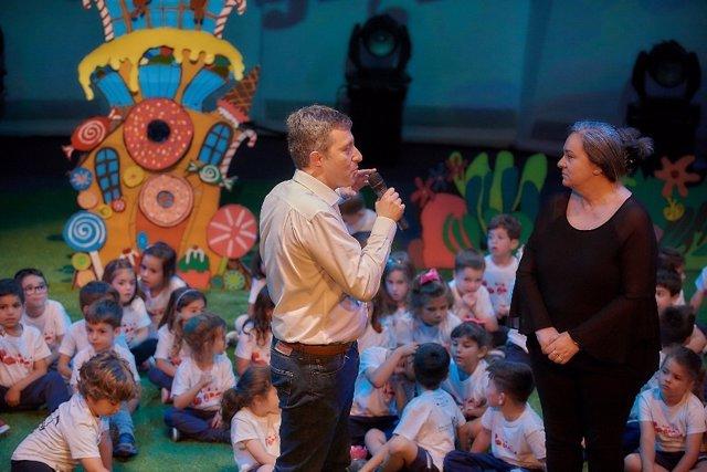 Ensayo De La Ópera Manos A La Ópera Con Niños De Entre 3 Y 6 Años