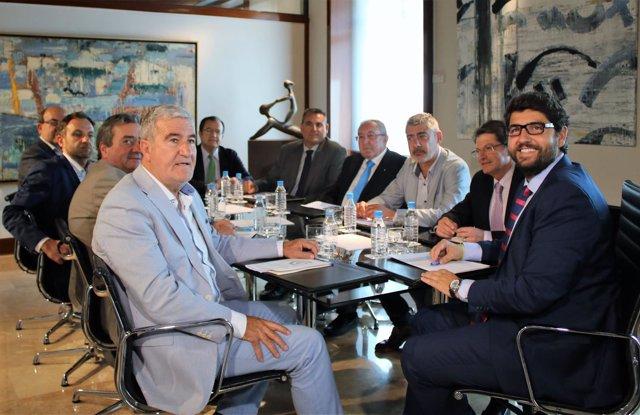 Reunión agricultores con el presidente, FECOAM, COAG, ASAJA, PROEXPORT