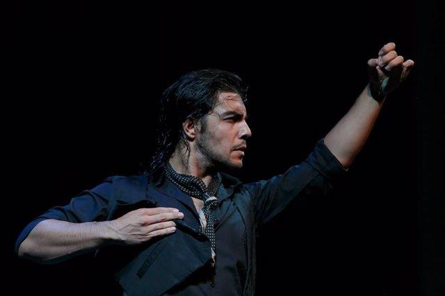Iván Vargas bailaor granadino bienal arte flamento málaga arte cultura baile
