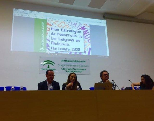 Benzal (izda.) y Ruiz durante la presentación del Plan Pedla