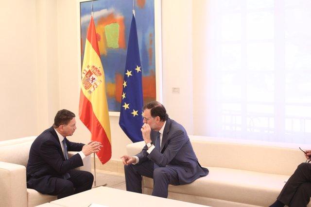 Rajoy recibe al secretario general de la Organización Mundial de Turismo