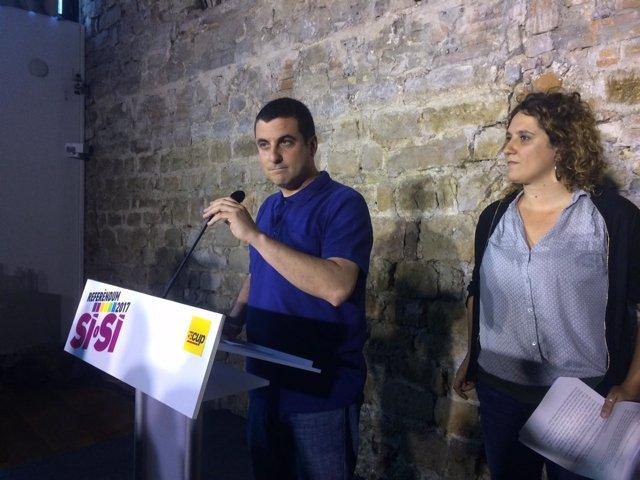Los portavoces del Secretariat Nacional de la CUP, Quim Arrufat y Núria Gibert
