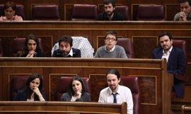 Diputados y senadores de Unidos Podemos y confluencias debaten mañana sobre la moción de censura