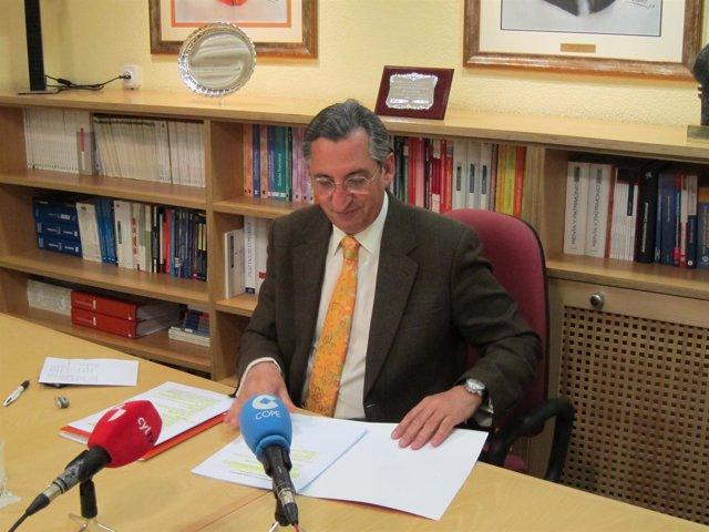 El decano y presidente de Ecova, Juan Carlos de Margarida