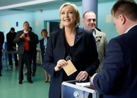 Un asesor de Le Pen cree que debería dejar de defender la salida del euro