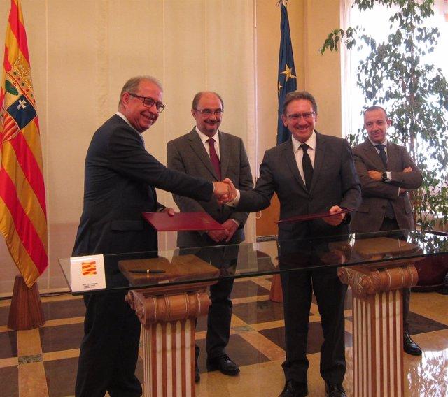 Gimeno, Lambán, Giró y Mrqueta, hoy tras firmar el acuerdo en el Pignatelli