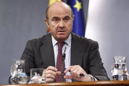 Guindos cree que la mejora en la previsión de Bruselas indica que España puede seguir creciendo con calidad