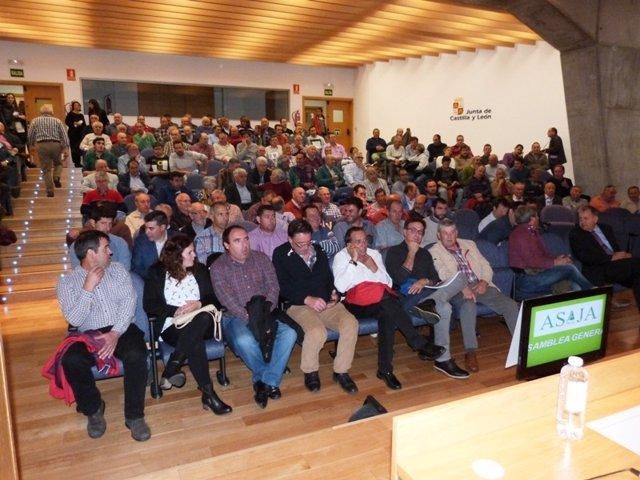 Soria: Asistentes a la Asamble de Asaja