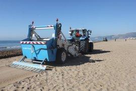 La totalidad de la playa de Castelldefels recupera el distintivo de Bandera Azul