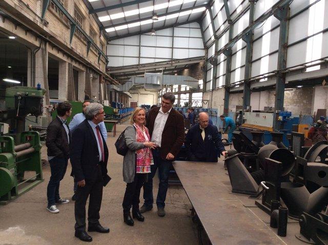 Mercedes Fernández visita la Fundación Revillagigedo