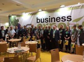 Un total de 60 firmas oleícolas participa en Expoliva en una misión comercial con 17 empresarios europeos