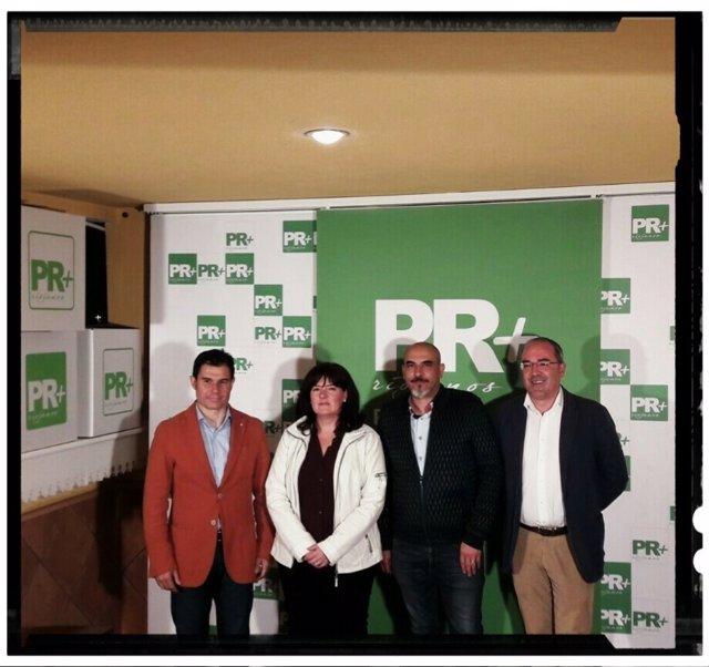La nueva concejala del PR+ Rita Beltrán con Gil de Gómez, Beltrán y Trincado