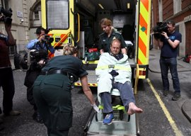 El vehículo de Corbyn atropella el pie de un cámara de la BBC
