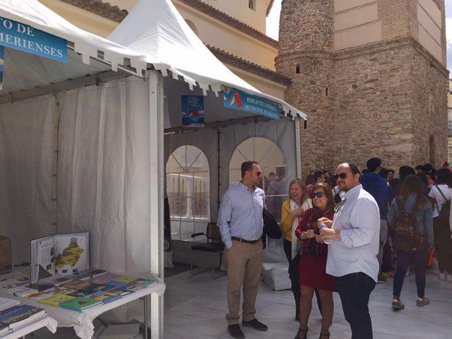 El Instituto de Estudios Almerienses participa en la Feria del Libro de Macael.