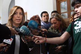 """Susana Díaz afirma que no da """"vaivenes"""" ni cambiará de posición por un """"puñado de votos"""""""