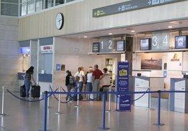 Valladolid, único aeropuerto que perdió pasajeros hasta abril
