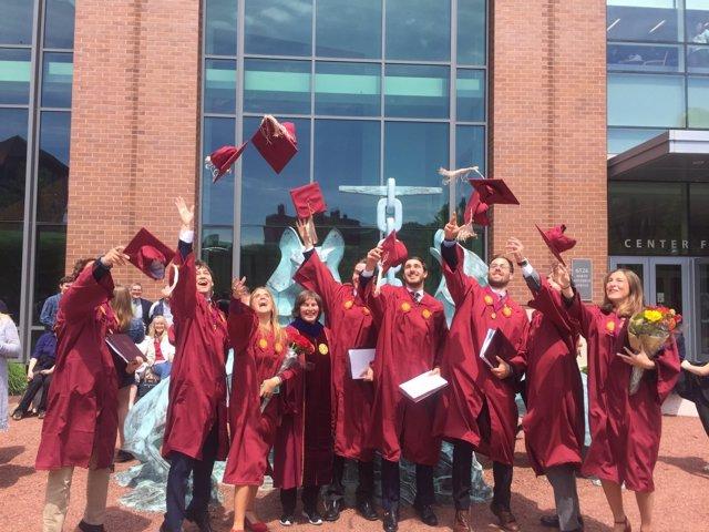 Graduación de la primera promoción del Dual Business Degree