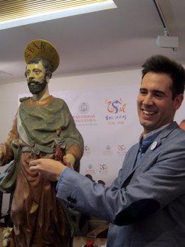 El Restaurador Miguel García.