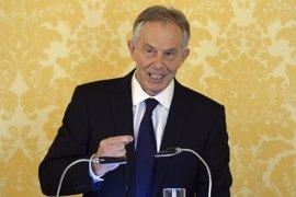 Blair asegura que el acuerdo de paz para el Úlster debe ser modificado por el Brexit