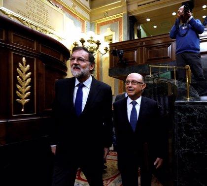 Rajoy se implicará en los PGE si es necesario y el Gobierno avisa que las enmiendas exceden el techo de gasto