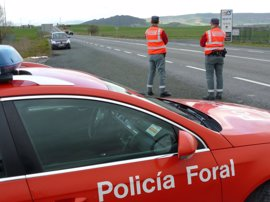 La Policía Foral y la Guardia Civil reforzarán la próxima semana la vigilancia en carreteras convencionales