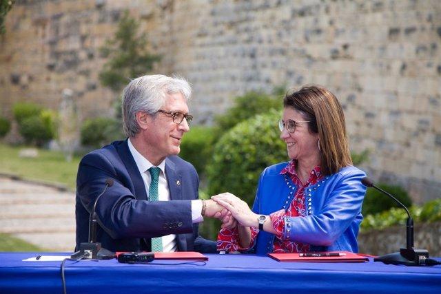 El alcalde de Tarragona y la presidenta de Loterías, Inmaculada García