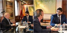 López Miras acuerda con UGT y CCOO fortalecer la Estrategia de Empleo de Calidad para los próximos 25 meses